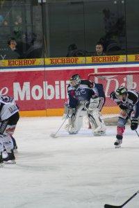 Jussi Markkanen im Spiel konzentriert Fotos und Bilder