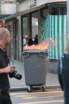 Brennender Mülleimer